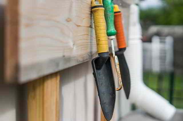 12 Herramientas de Jardinería Esenciales para principiantes - 5